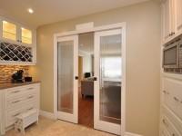 Døre til køkkenet - 50 fotos af ideer til design af døre i det indre af køkkenet