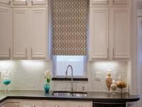 Gardiner i køkkenet - en oversigt over moderne ideer til køkkengardiner i det indre (95 fotos)