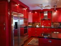 Rødt køkken (105 fotos i det indre). Kombinationen af lyse farver i køkkenet.