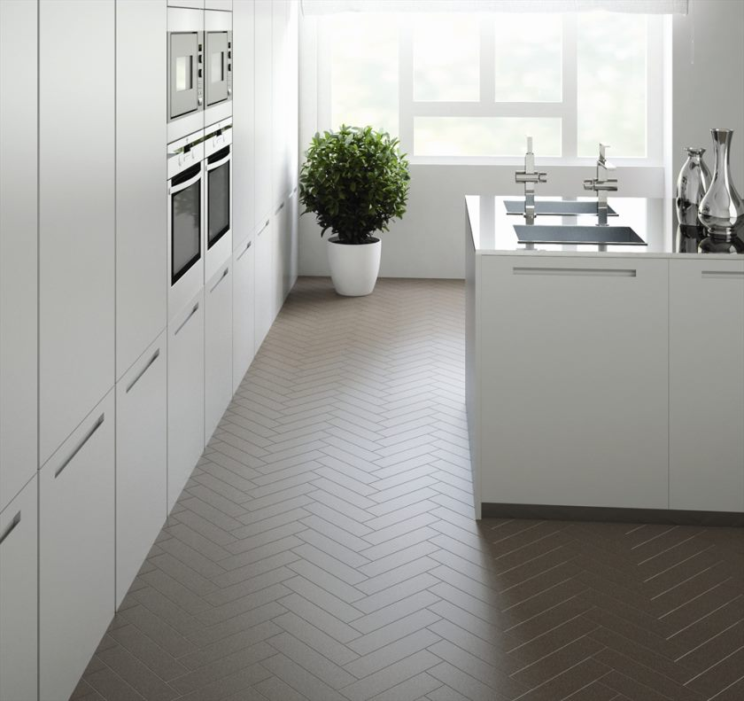 1000516-prøvesten-mokka-75x300herringbone-køkken-livsstil