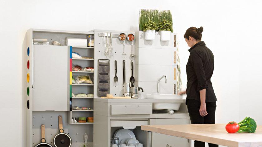 3046186-plakat-p-1-i-2025-ikea-tænker-din-køkken-måske-use-droner-og-no-køleskab