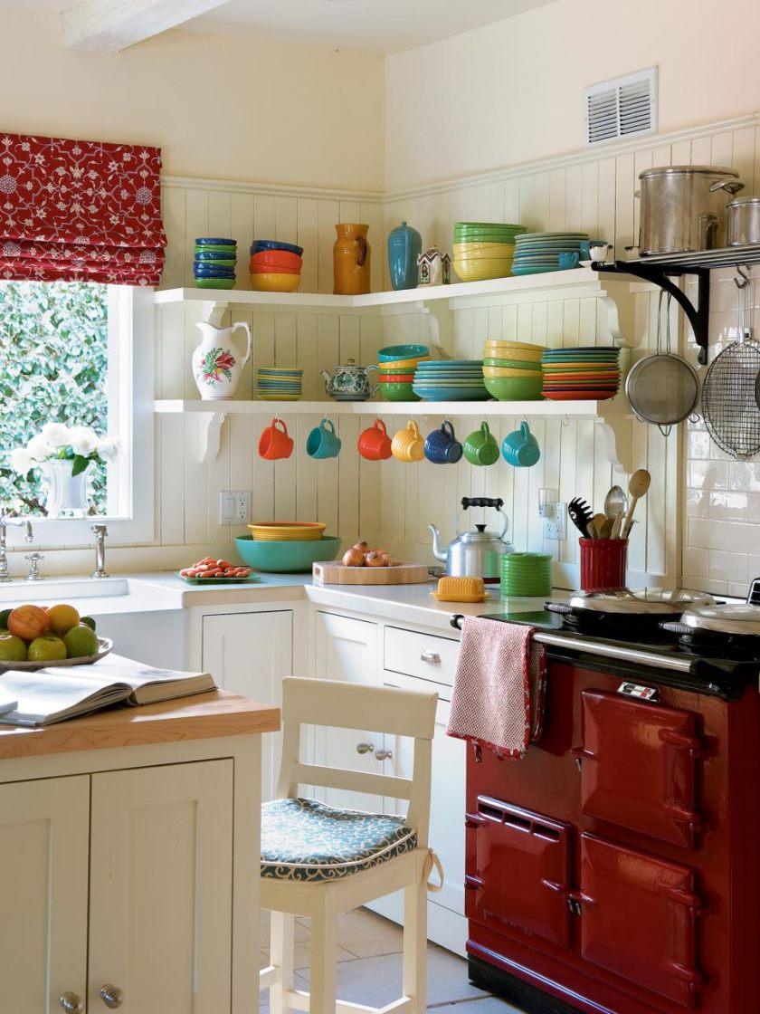 ci-Farrow-og-kugle-the-art-of-farve-pg49_white-køkken-farverige-dishware_3x4-jpg-rend-hgtvcom-966-1288