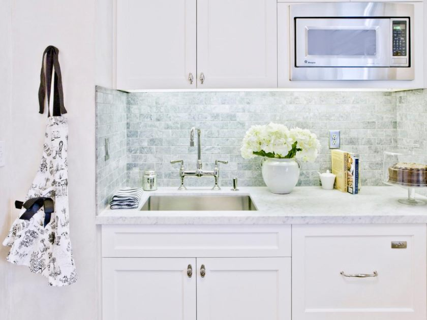 dp_anastasia-Faiella-hvid-køkken-marmor-countertop_4x3-jpg-rend-hgtvcom-1280-960