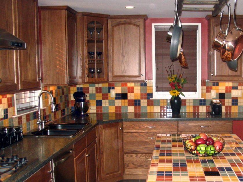 hsumk209_ceramic-flise-backsplash-kitchen_s4x3-jpg-rend-hgtvcom-1280-960