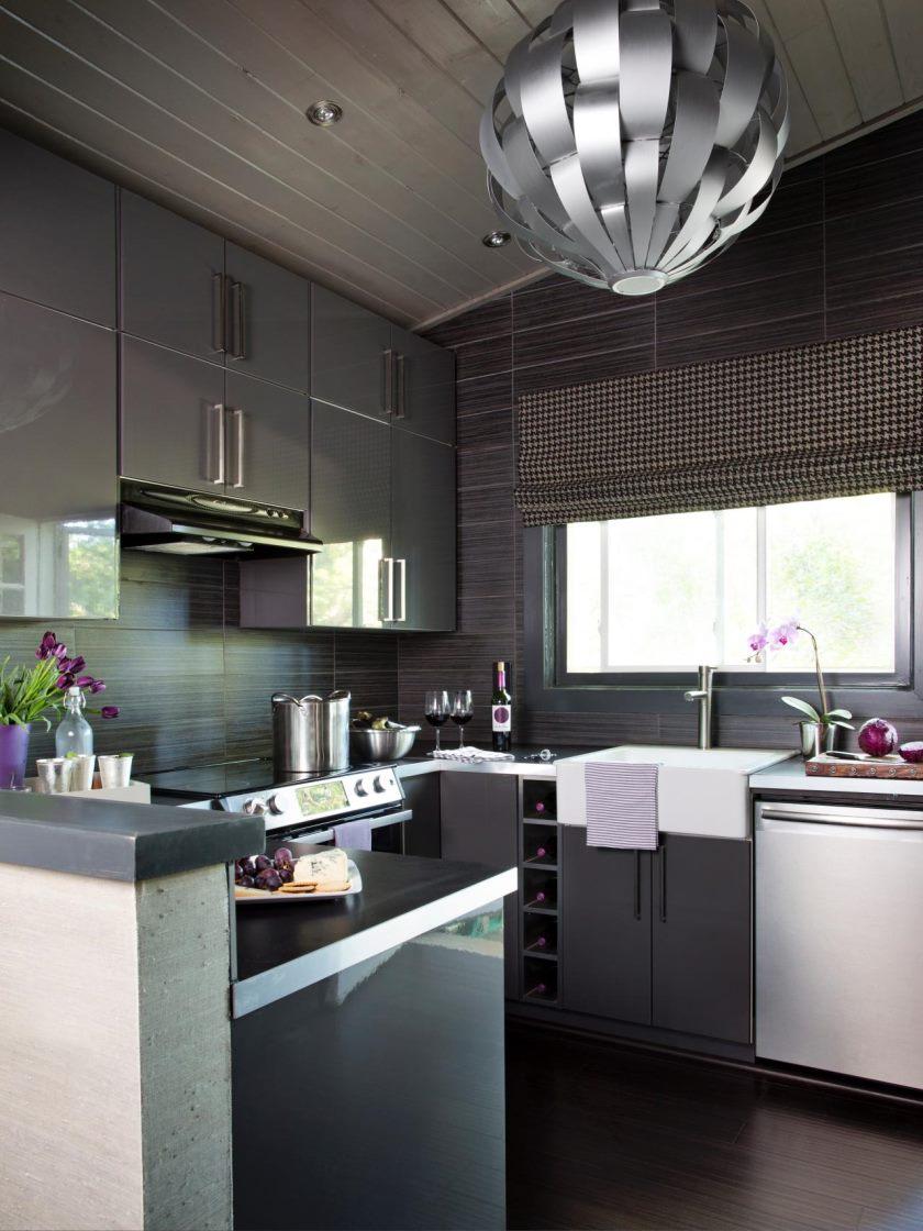 original-brian-patrick-flynn-grey-kitchen-remodel_s3x4-jpg-rend-hgtvcom-1280-1707
