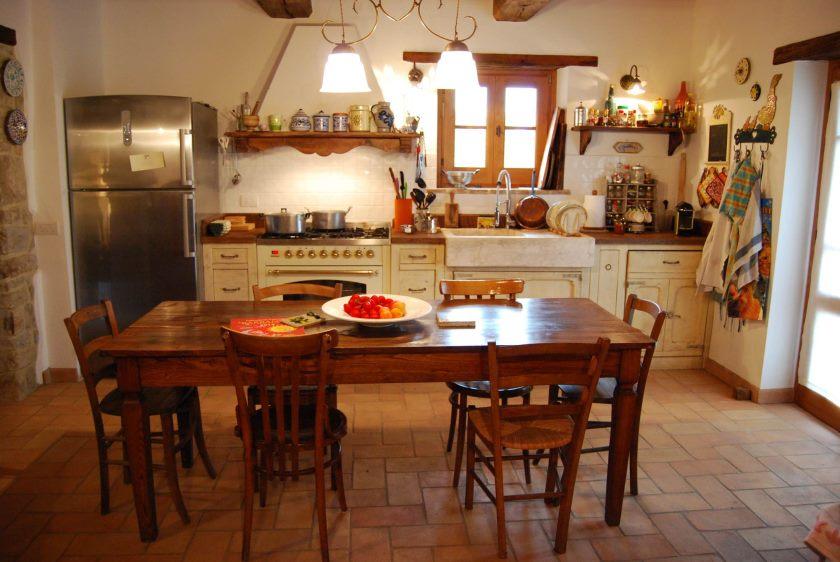 provencalsk stil-land-køkken-la-Fornace-1