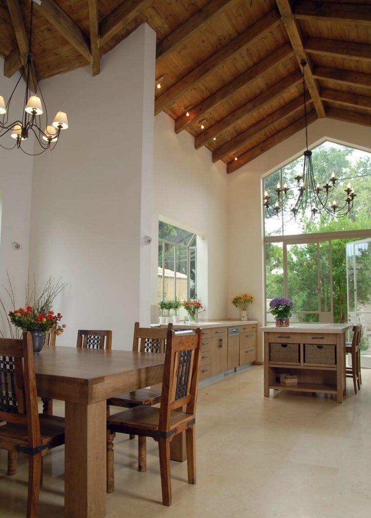 subtile-loft-projektører-in-a-køkken-med-høj-loftet