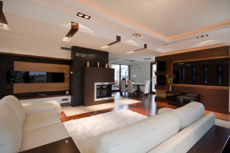overraskende-moderne-stue-rum-indretning-ideer-med-hvid-sofa-og-soft-tæppe-afsluttet-med-loft-lightings-og-furnis