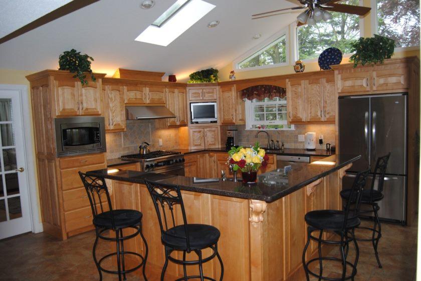 loft-fan-in-the-køkken-L-formet-køkken-ø-design