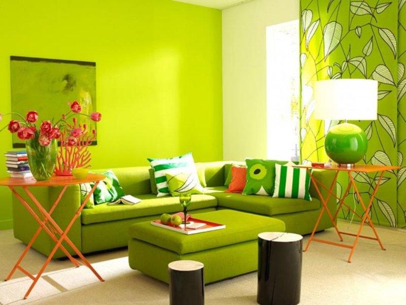 inspirativ-grn-total-im-opholdsrum-schner-wohnen-trendfarbe-frisk-farben_wohnzimmer-wandfarbe-sand-opholdsrum-wandfarben 2013