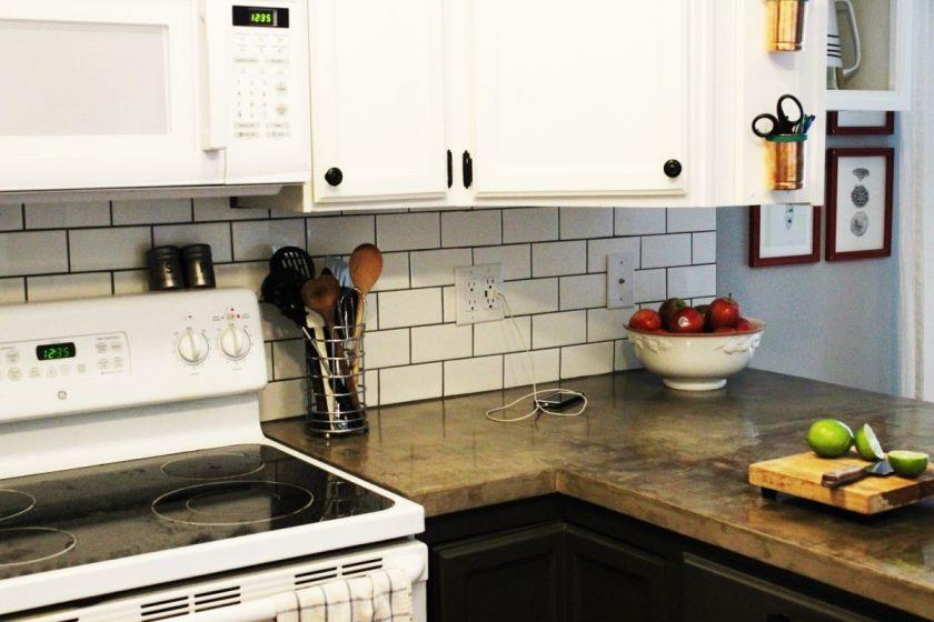install-metro-flise-køkken-backsplash