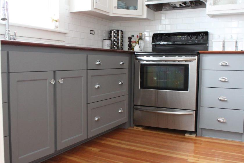 forunderlige-beige-køkken-frysere-3-benjamin-Moore-grå-maling-farver-til-køkken-frysere-1600-X-1066