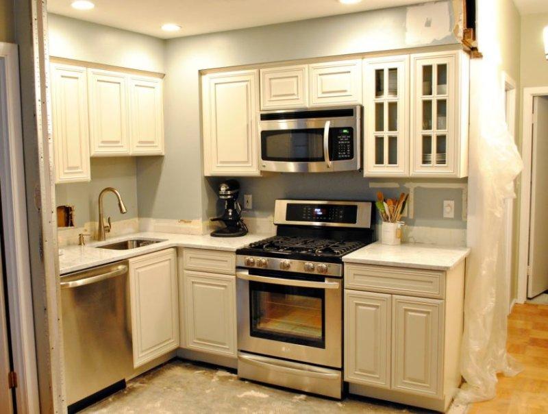 lille-køkken-Køkkenombygning-til-bringe-din-drømme-køkken-ind-dit-liv-12