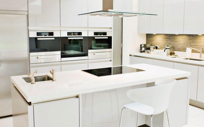 armoires de cuisine en laque blanche
