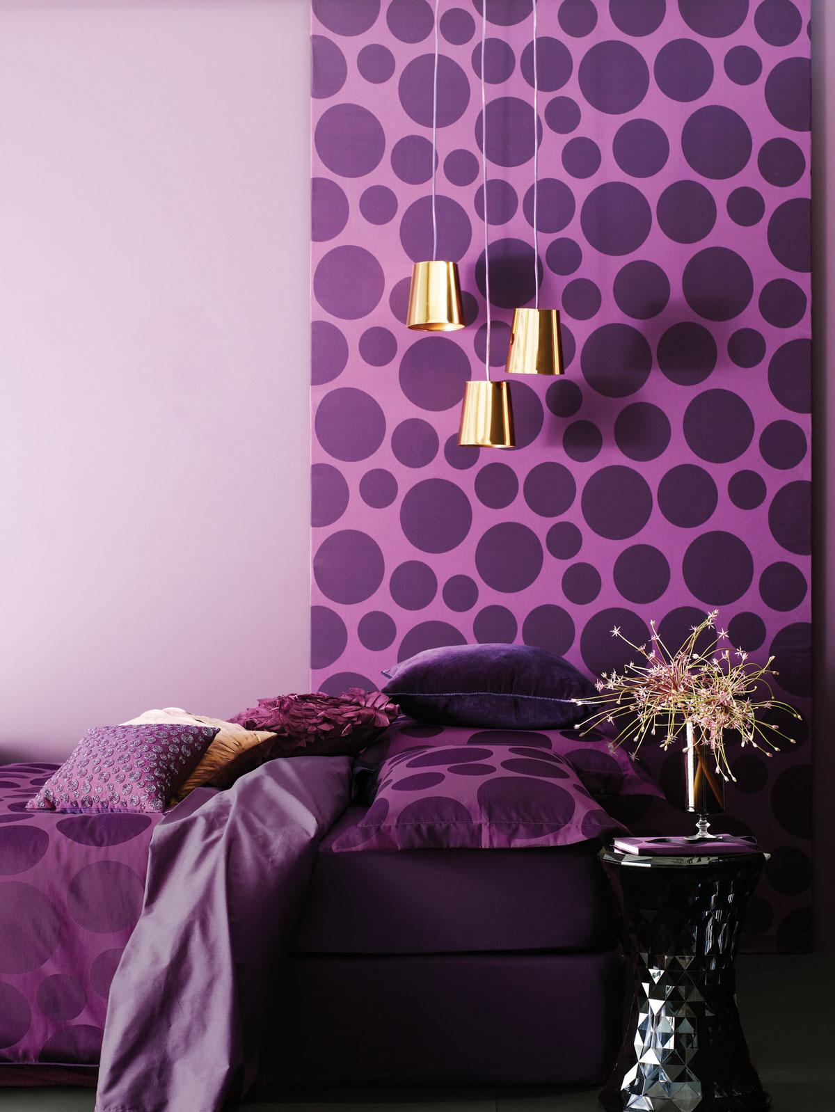 0ed11__wonderful-purple-bedroom-with-beautiful-wallpaper