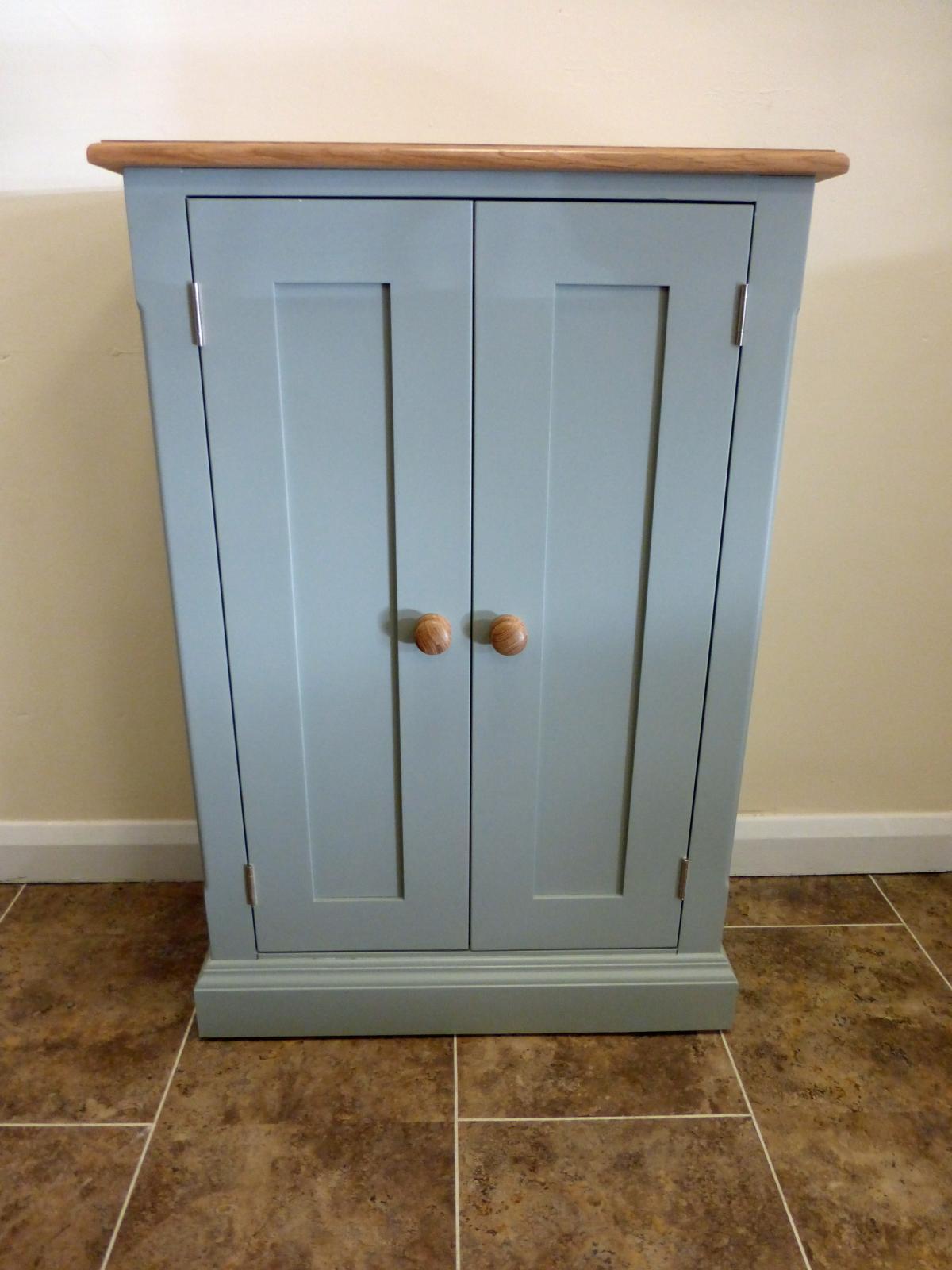 1600x1600_edmunds-peint-armoire-2-portes-3