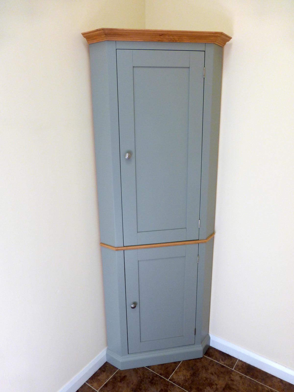 1600x1600_painted-corner-cupboard-4