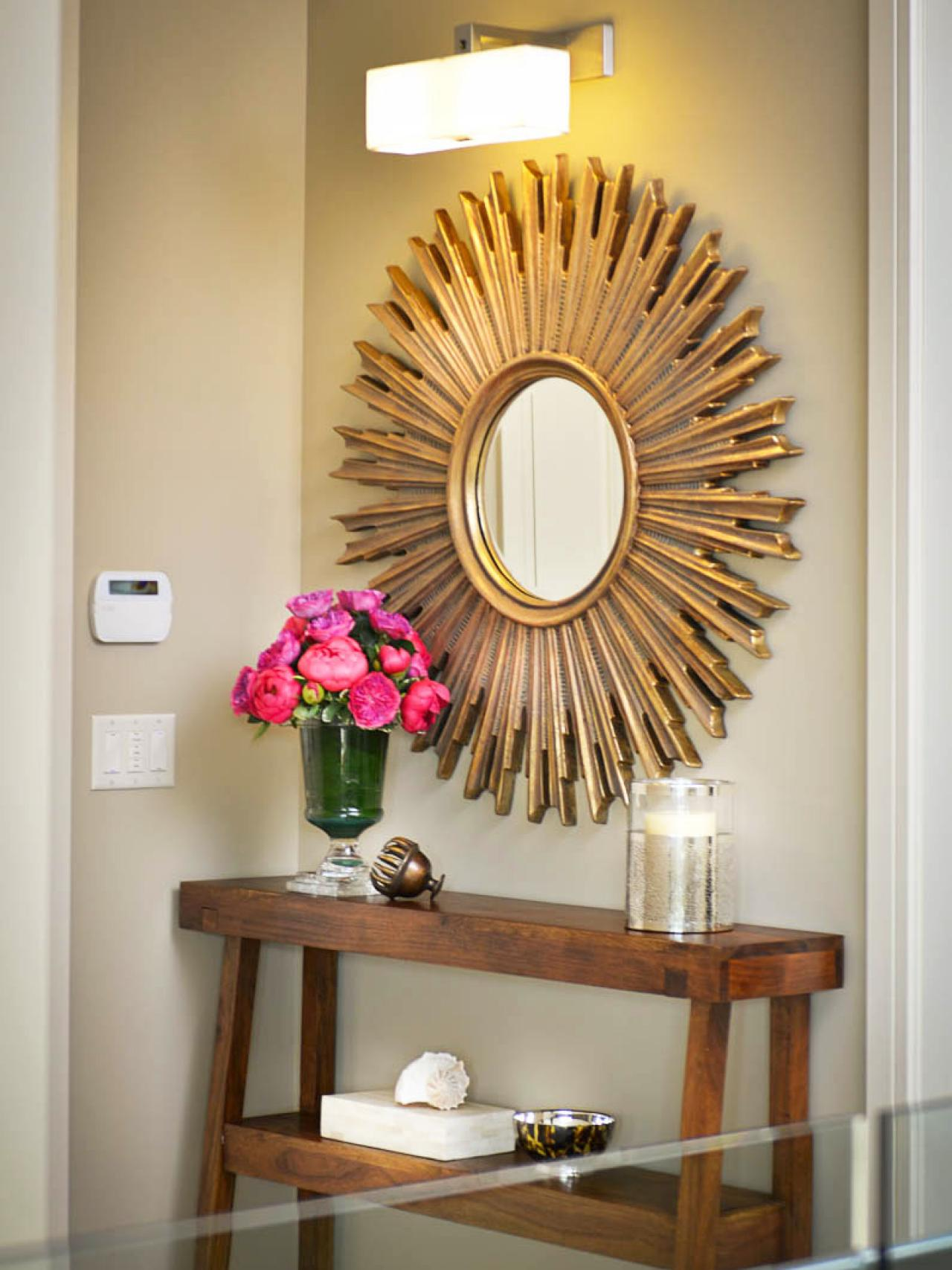 dp_dorothy-willetts-neutral-entry-table-mirror_s3x4-jpg-rend-hgtvcom-1280-1707