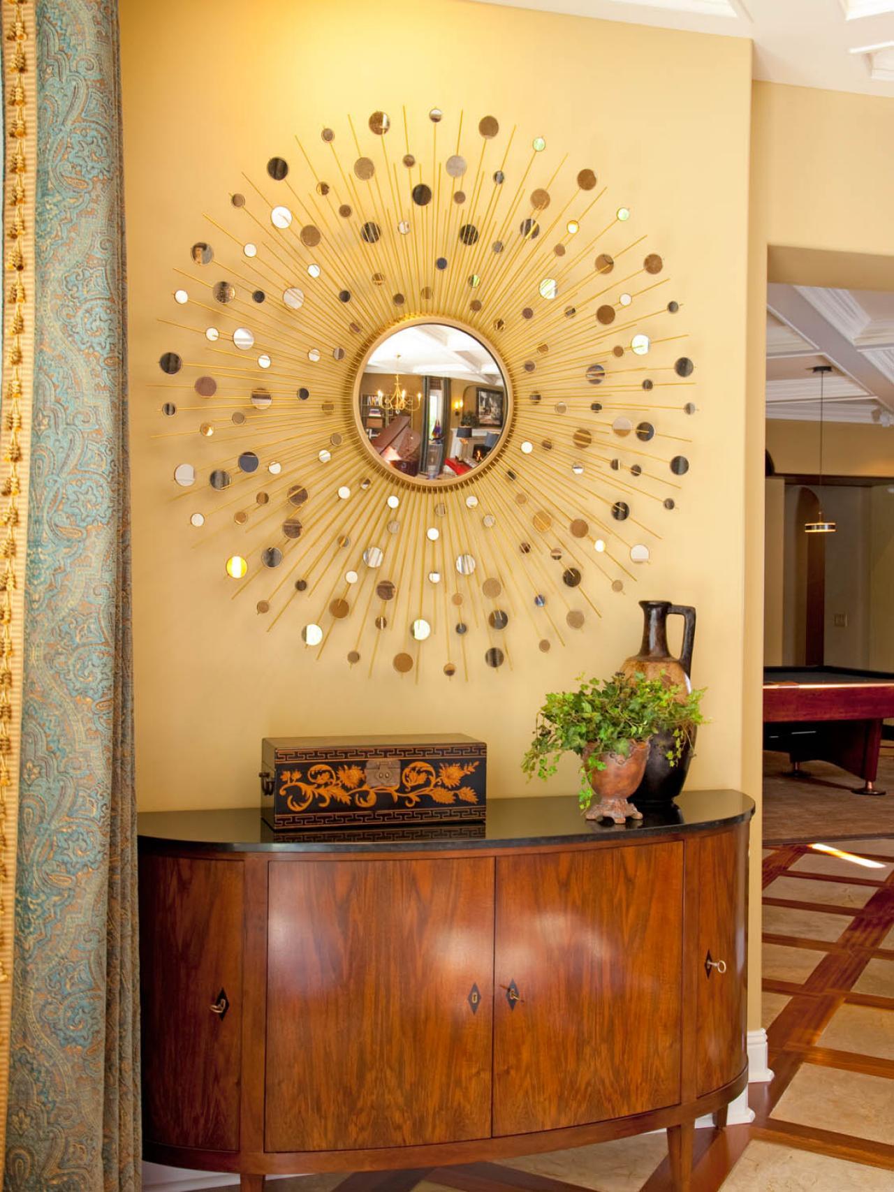 dp_rebecca-johnston-beige-traditional-entryway_v-jpg-rend-hgtvcom-1280-1707