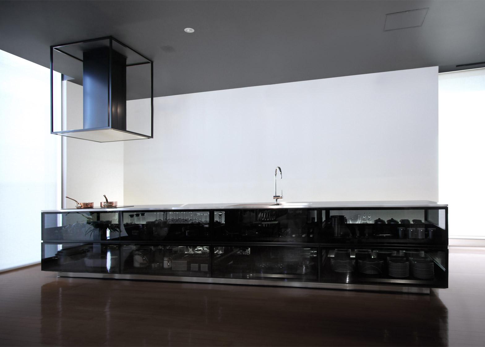 finesse_glass-kitchen_tokujin-yoshioka_dezeen_1568_5