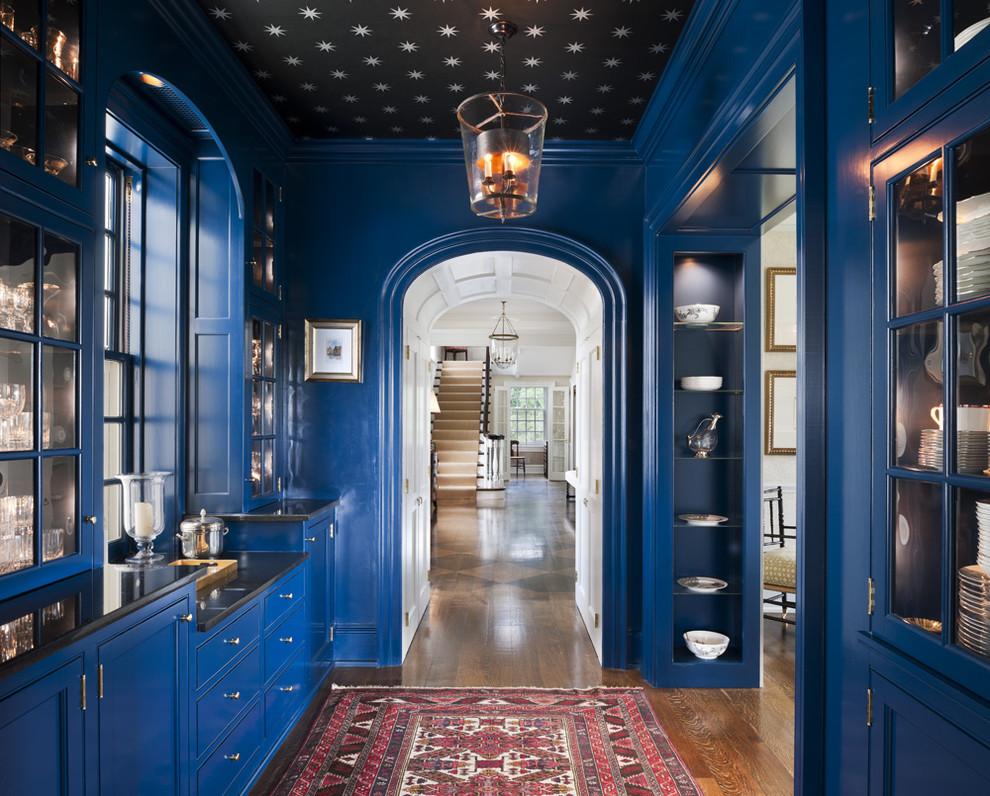 hallway-ideer-ikea-hall-traditionel-med-blå-butlere-pantry-star-loft-star-tapet-tapet-loft-6