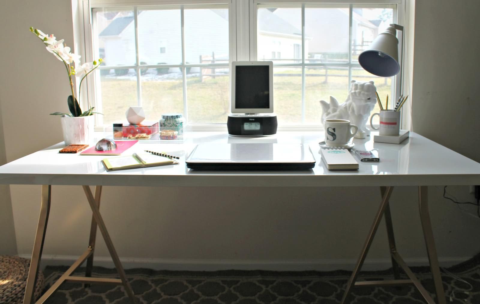ikea-stående-desk-hacks