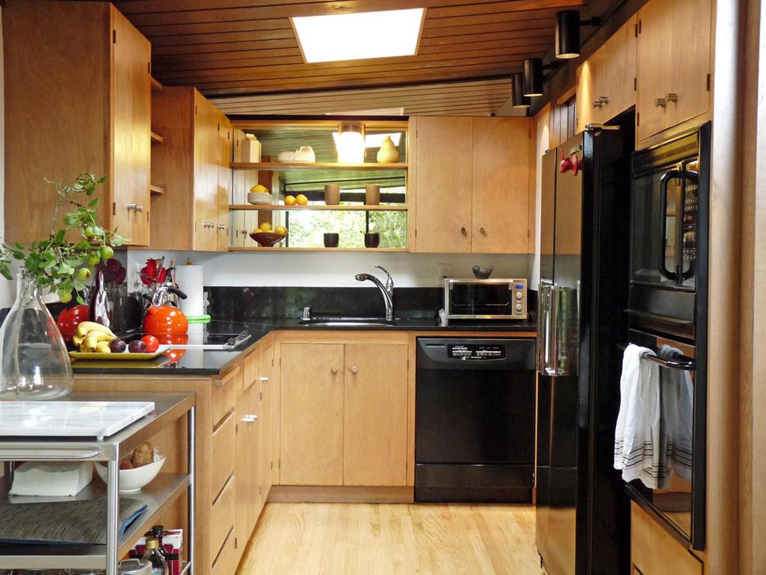 inspirerende-naturlig-hemmelige-of-brun-woody-køkken-design-in-lejlighed-dejlig-og-specielle-ideer-til-apartmanen-køkken-design
