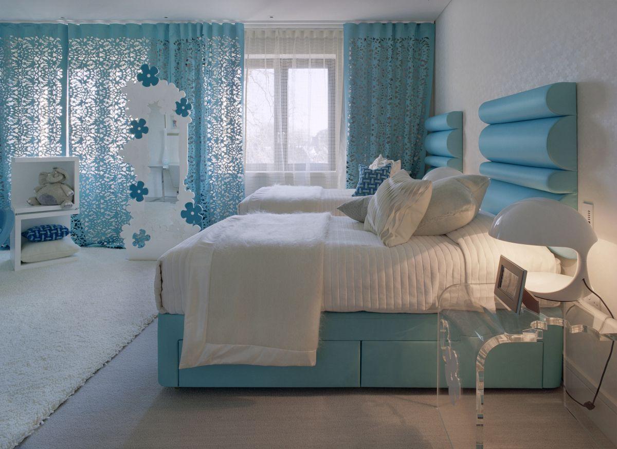 lyseblå-værelses-gardiner-moderne-værelse-designs