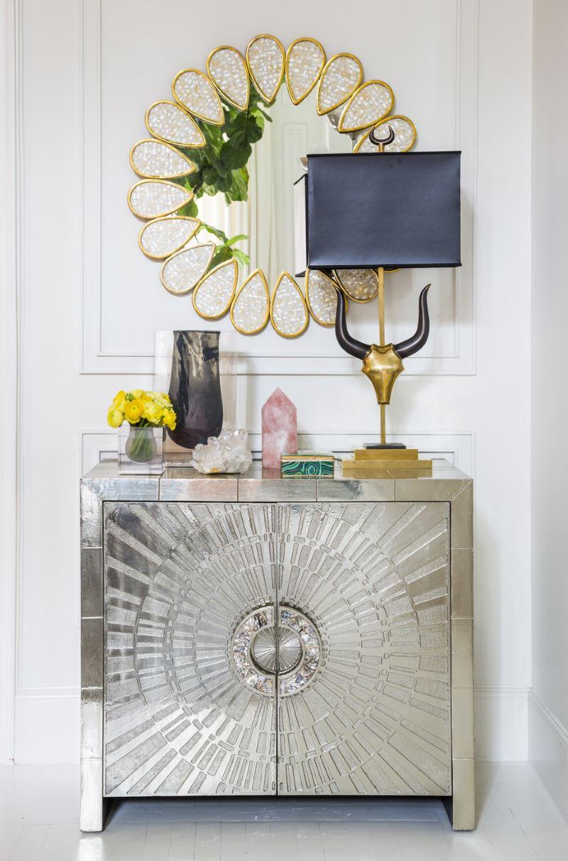 luxe-détails-dans-un-midcentury-modern-entry