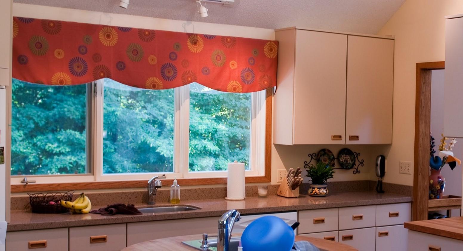 moderne køkken-gardiner