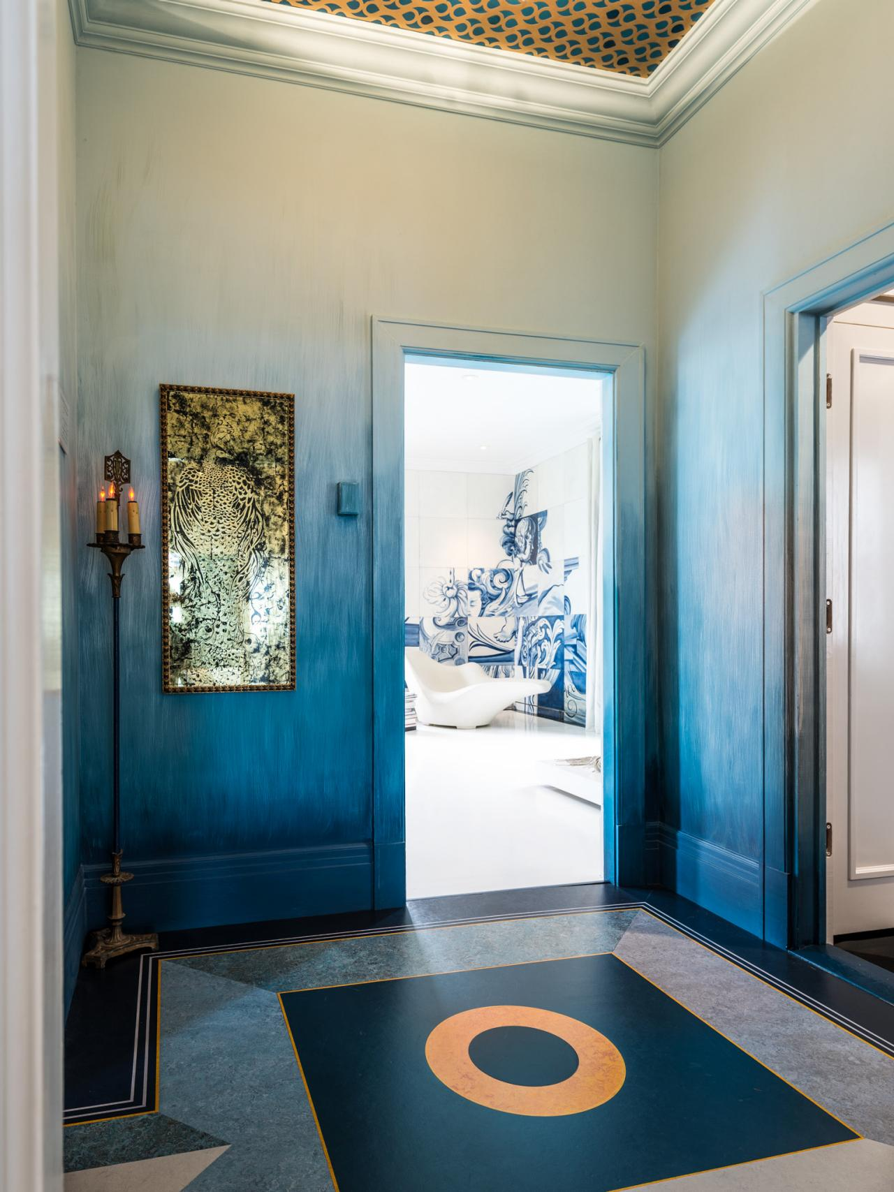sf-decorator-showcase-14-modern-romantics-lair-and-vestibule-bedroom-entrance_v-jpg-rend-hgtvcom-1280-1707