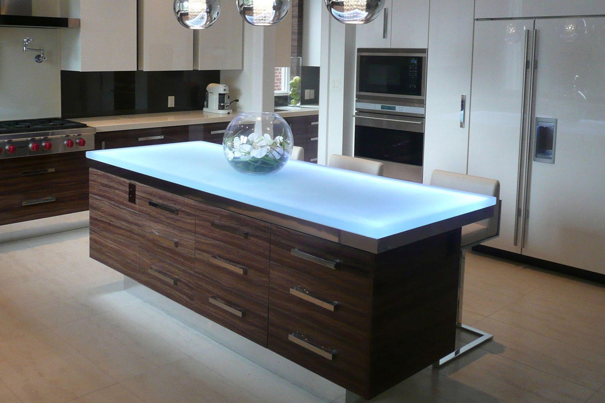 the-ultimate-luksus-touch-til-din-køkken-indretning-glas-bordplader-homesthetics-7