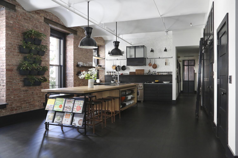 union-studie-ny-york-loft-køkken-lang remodelista