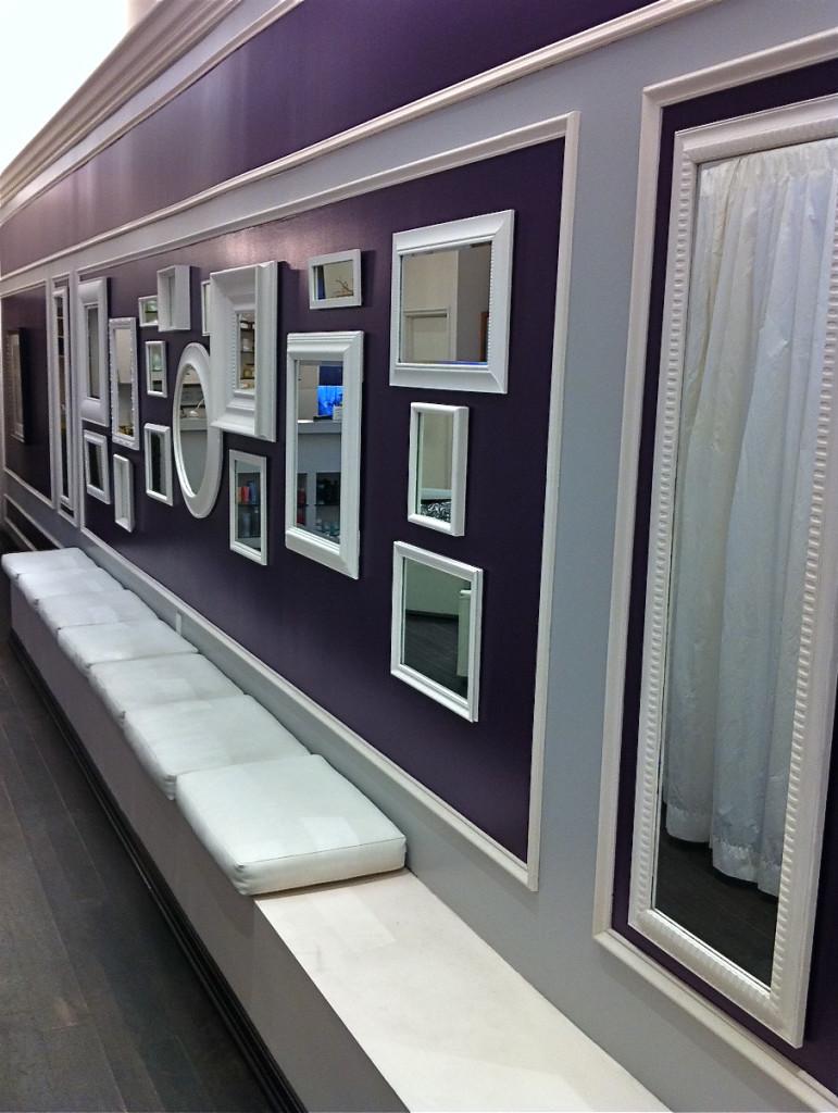 beaux-miroirs-uniques-design-avec-institut-de-beauté-couloirs-miroirs-décor-combinés-arrondis-carrés-blancs-miroirs-encadrés-sur-murs-violets-pour-comment-décorer-miroirs-idées- comment-décorer-miroirs-décoration-maison