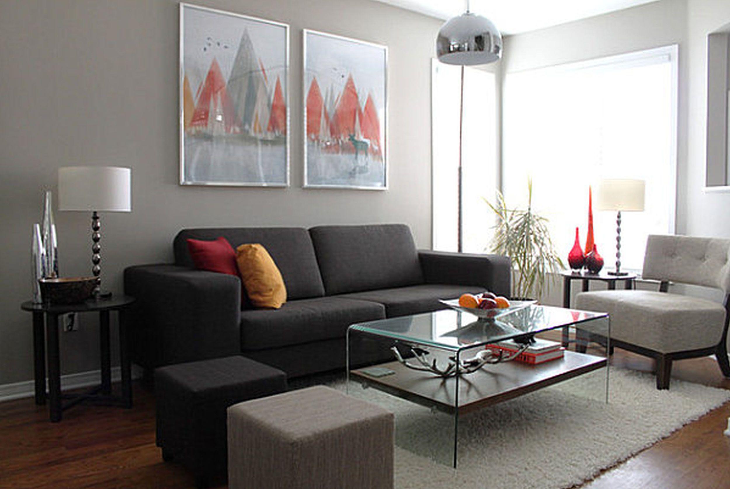 bedst-møbler-ikea-stue-sæt-strålende-ideer-til-fantastisk-abstrakt-maleri-printbare-sort-sofa-hvid-pels-tæppe-glas-bord-stående-moderne stil