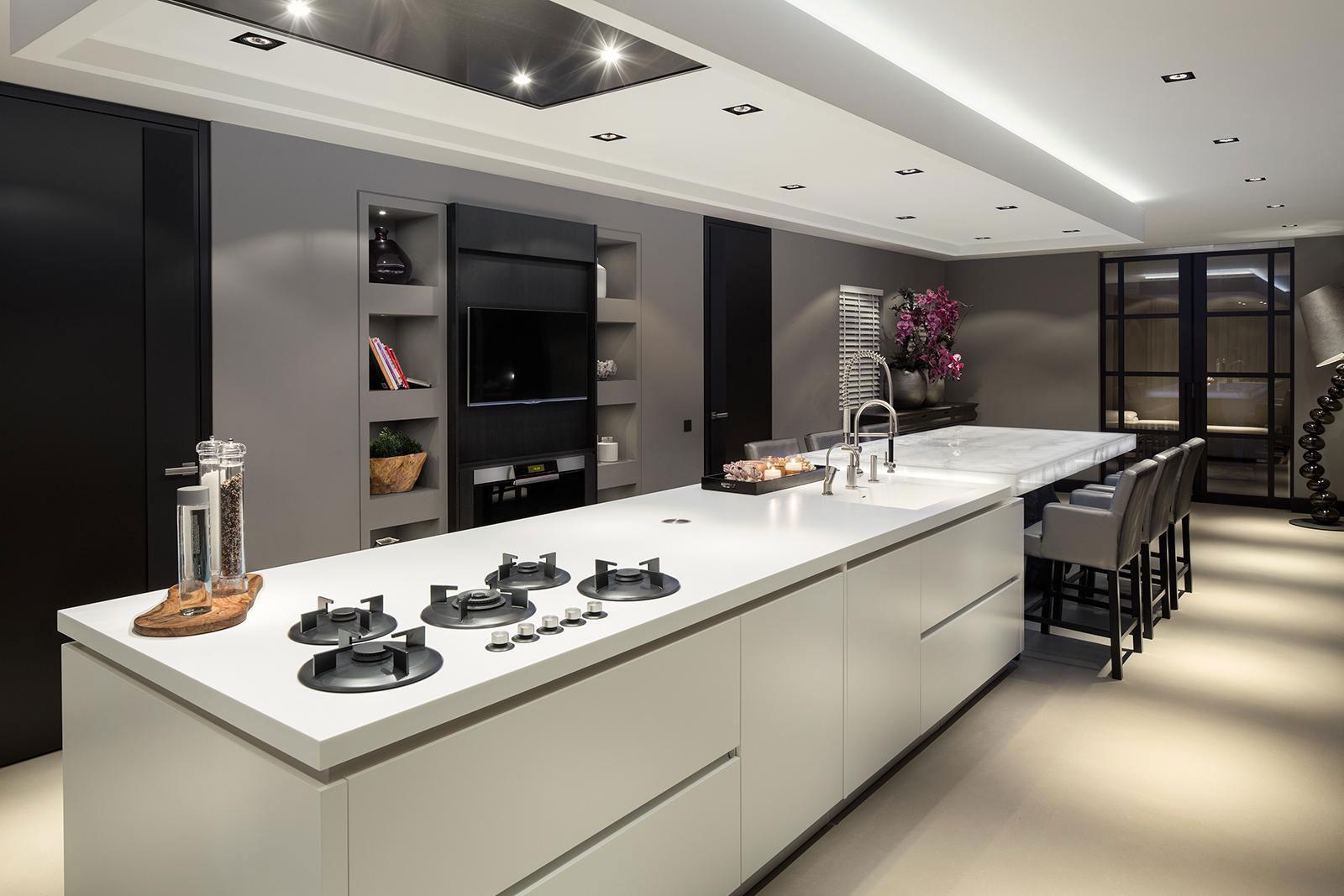 hyggeligt-home-interiør-øko-glam-7-køkken-ø