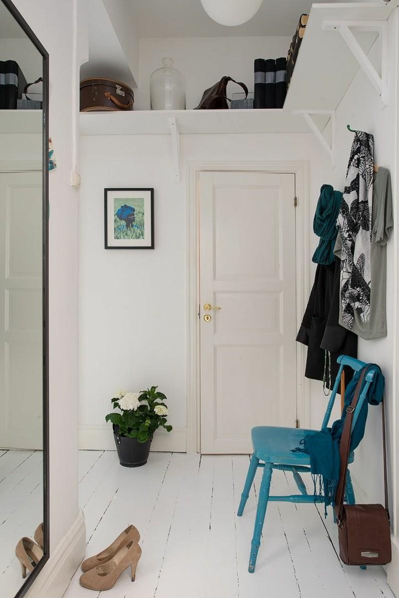 creative-wall-design-floor-hallway-furniture-wall-mirror