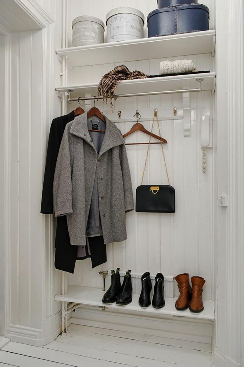 créative-mur-design-plancher-armoire-couloir-meubles