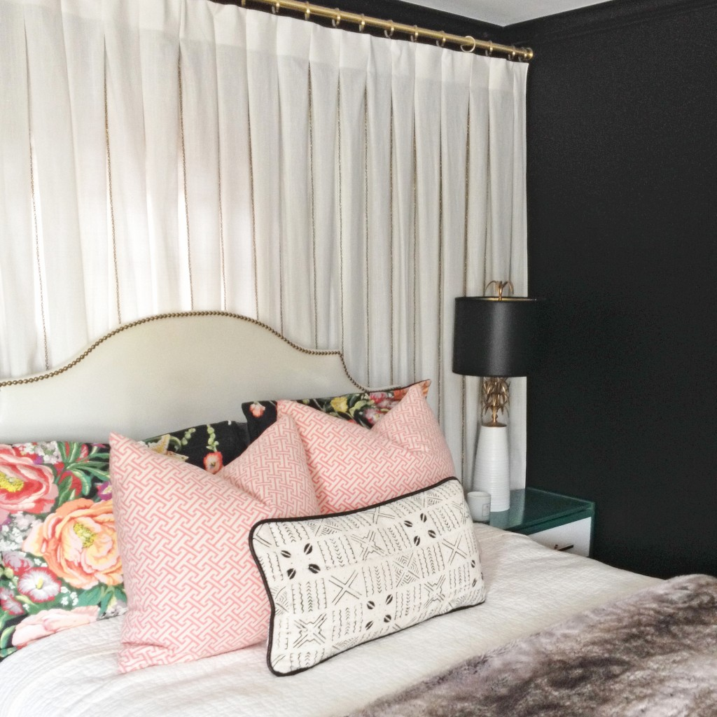 gardin-væg-bag-bed-design-manifest-1024x1024