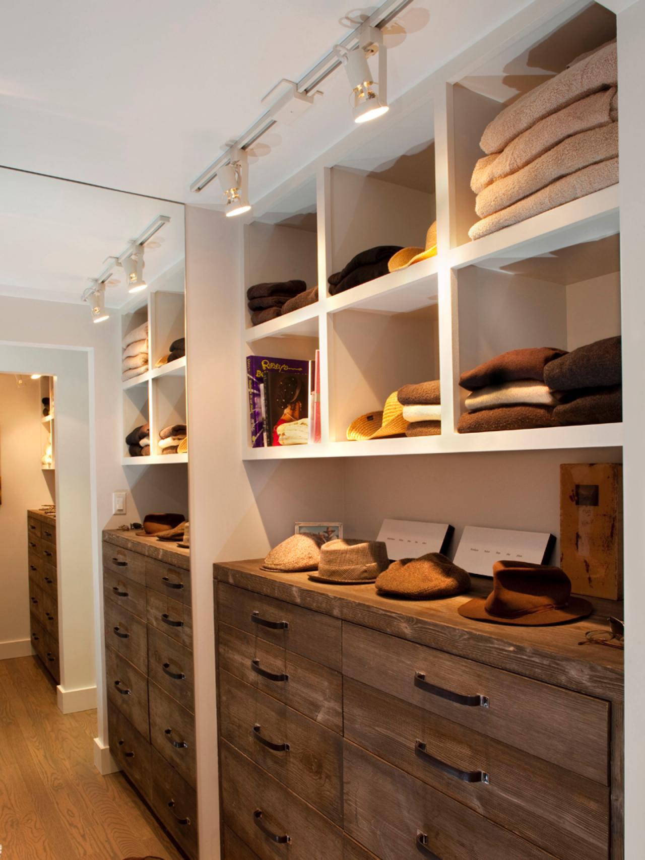 hall-placard-organisation-et-design-idées-maison-remodelage-couche-en-éclairage_coffret-à-l'intérieur-design_interior-design_scandinavian-design-d'intérieur-designer-description-du-travail-magazine-célèbre-designers-degré