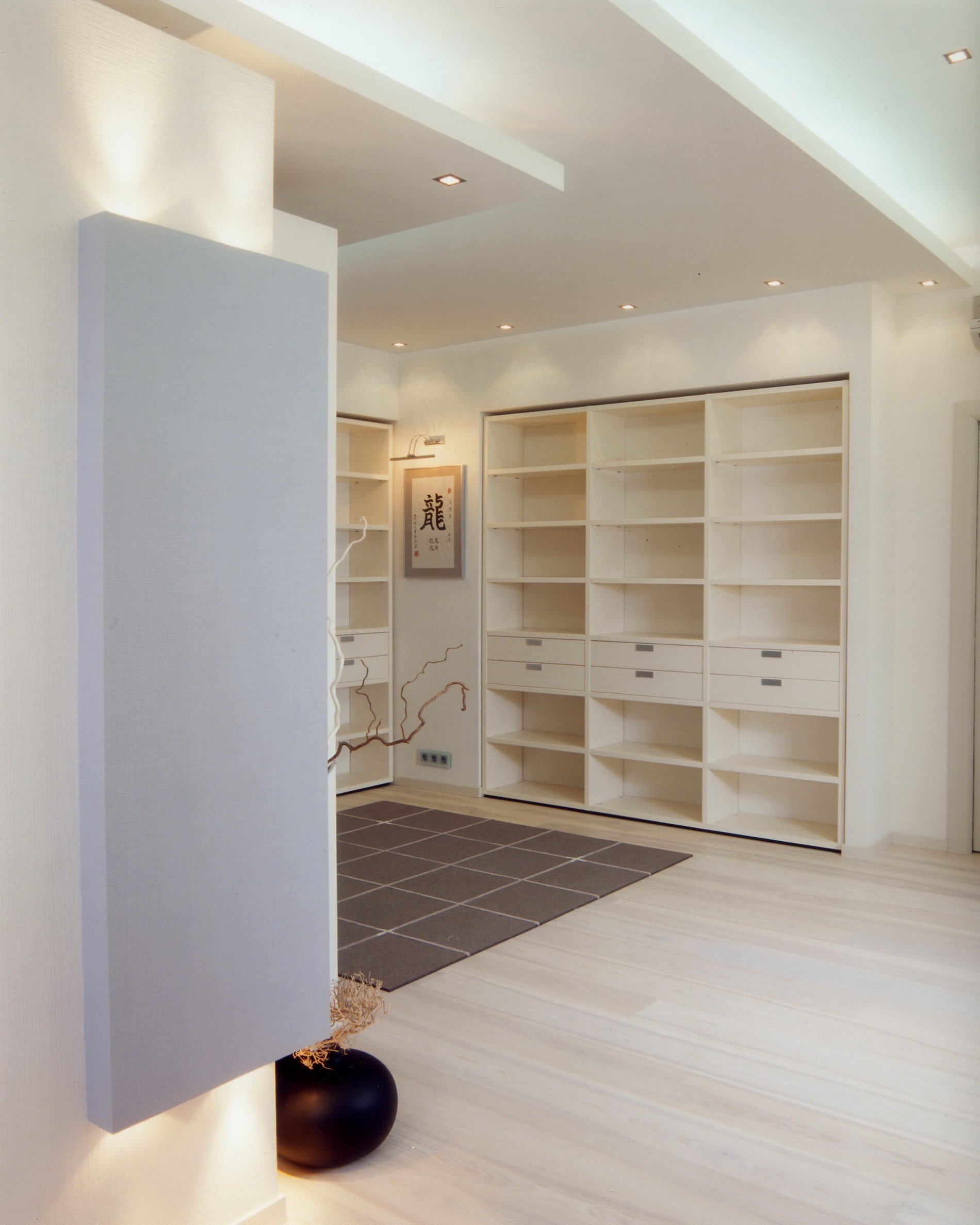 interier_interer-kvartiry-na-zapade-stolicy-v-stile-minimalizm_lxul_big