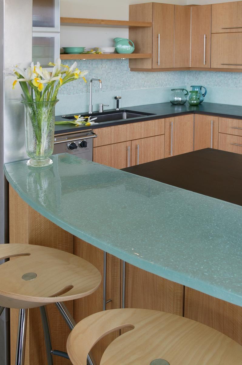 køkken-glas-bordplader-7-genanvendt glas-bordplade-køkken-798-x-1200