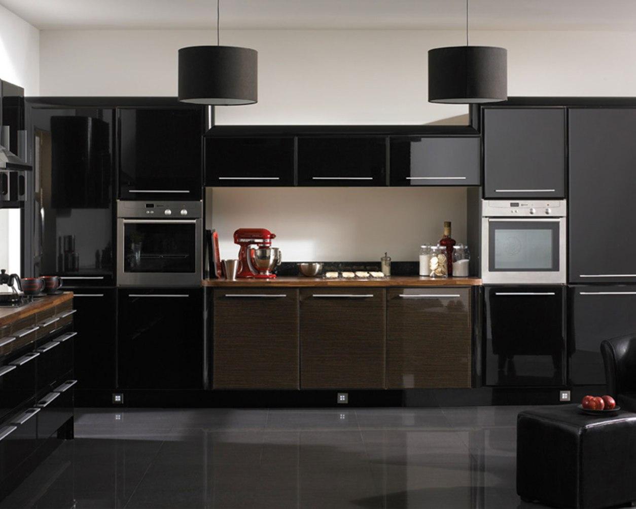 cuisines avec armoires noires