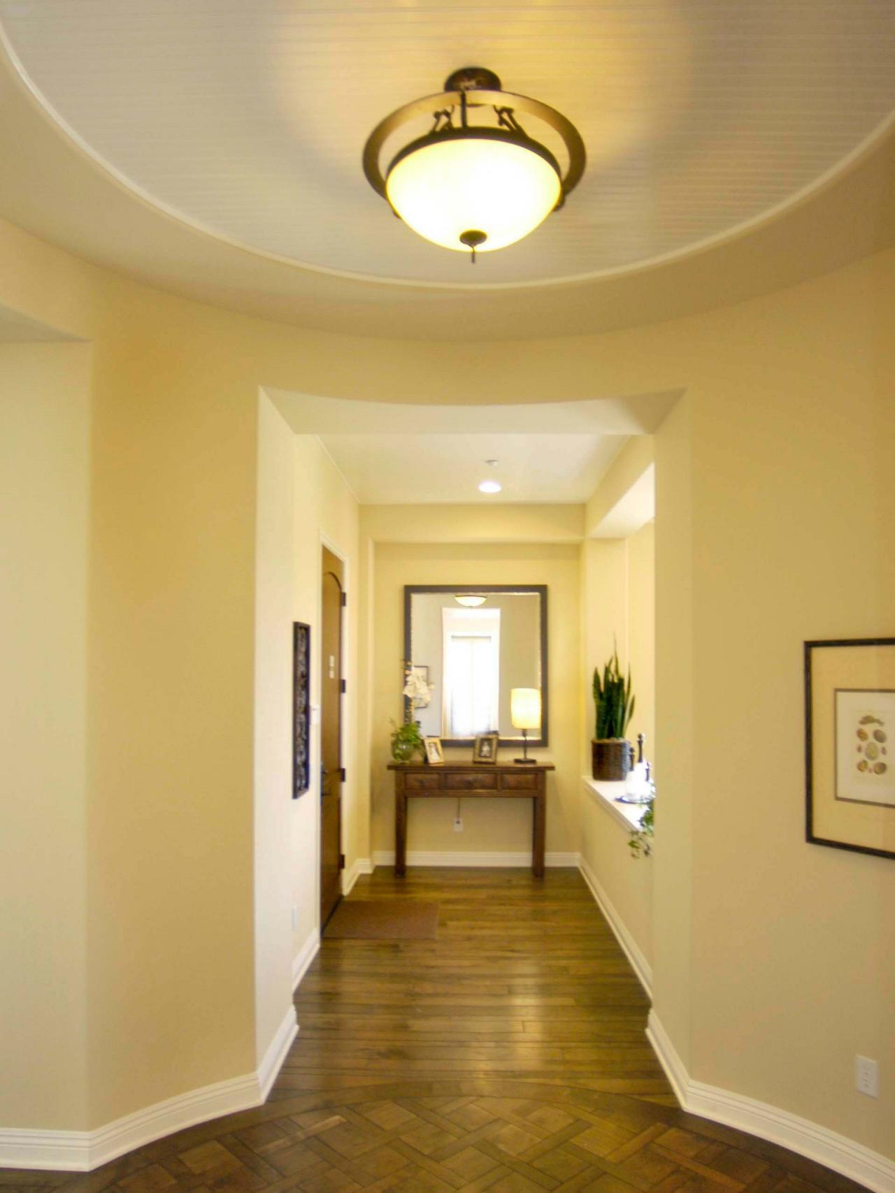 Belysning-tips-til-alle-rum-mekaniske systemer-hgtv-loft-monteret-fixtures_ceiling-design-hal-big_interior-design_interior-design-san-diego-how-meget-do-designere-make-løn-virksomheder- definition-w