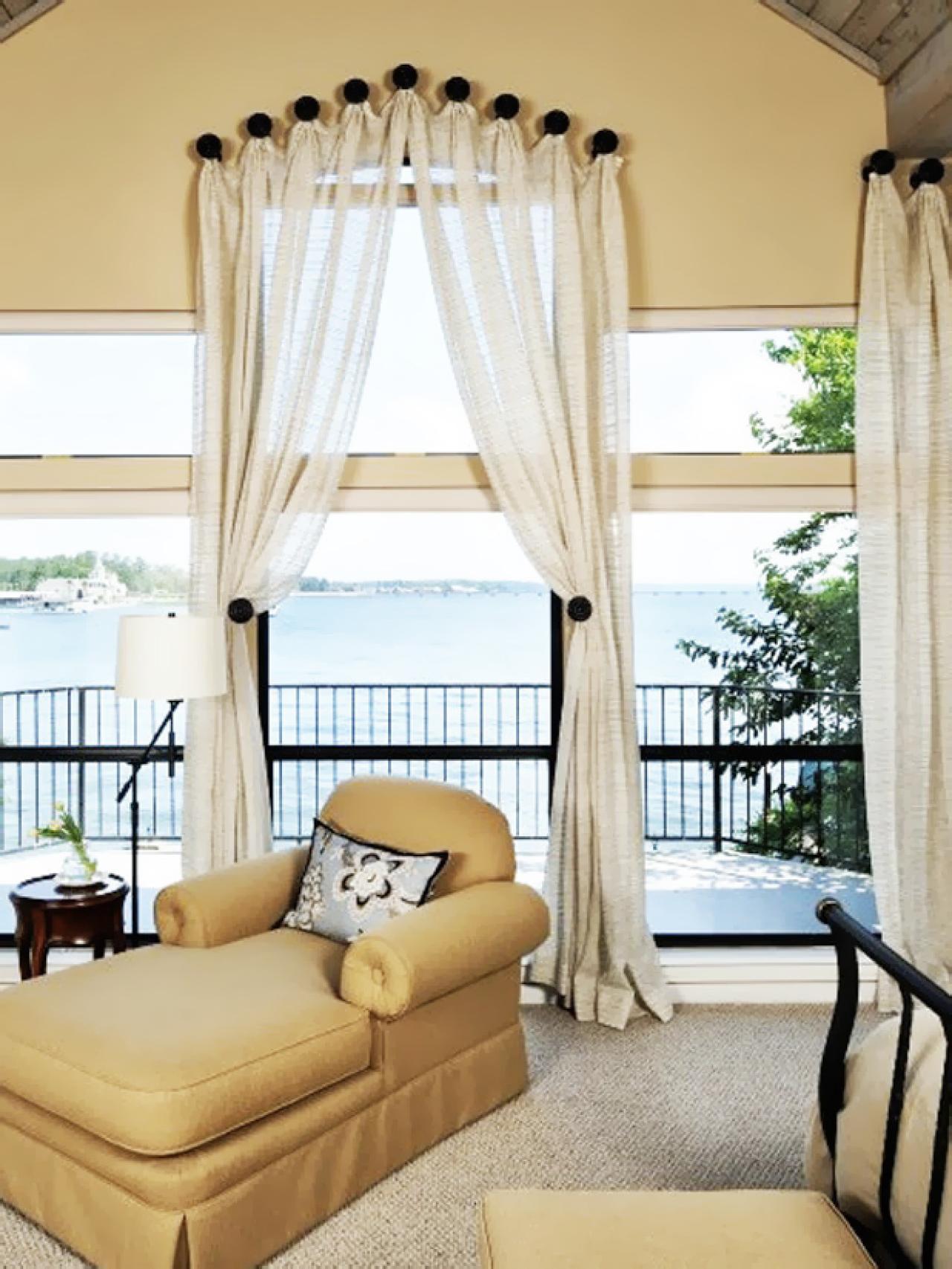 original_carla-aston-værelses-windows_s3x4-jpg-rend-hgtvcom-1280-1707