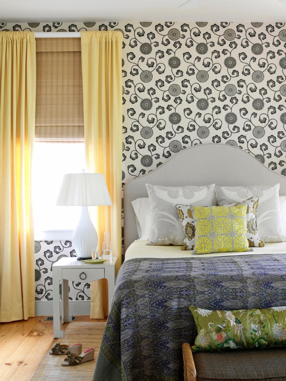 original_tara-seawright-noir-blanc-papier peint-chambre-jpg-rend-hgtvcom-966-1288