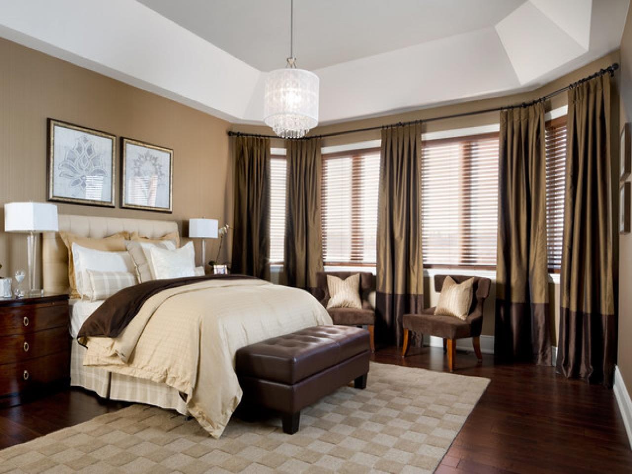 romantisk-værelses-udsmykning-ideer-traditionel-mester-værelses-design-f5b58890dd375a55