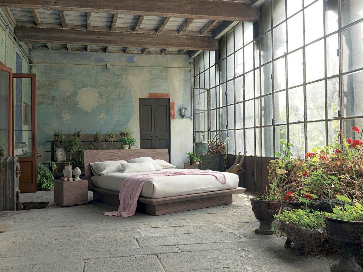 rustik-værelses-design-med-en-bedrøvede-væg-FIMAR-quarantacinque