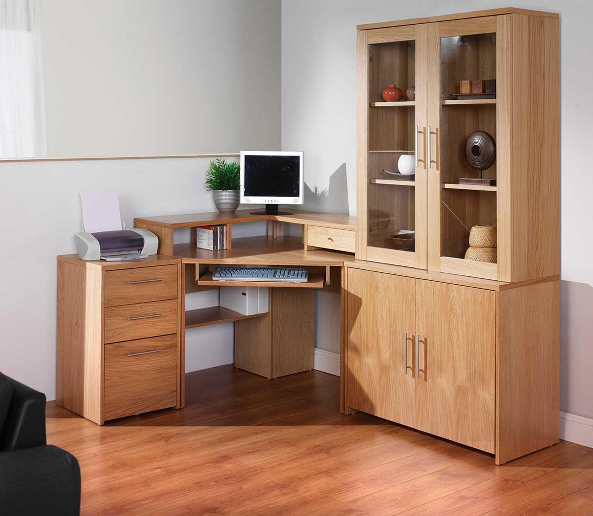 massivt træ-office-hjørne-skriveborde-med-opbevaring