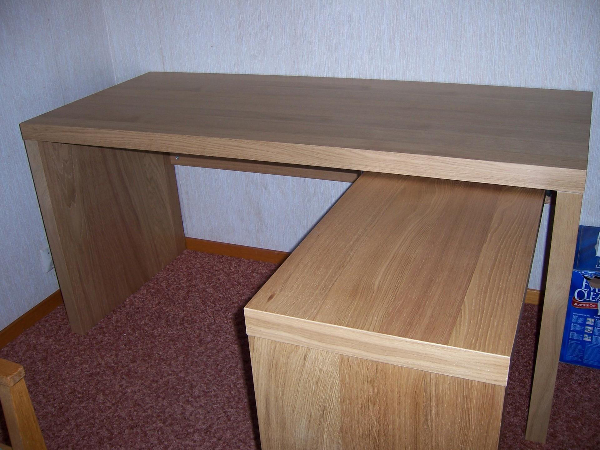 fantastisk-lille-desk-til-værelses-ikea-jonas-skrivebord